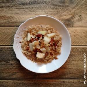 Havervlokken-ontbijt peer