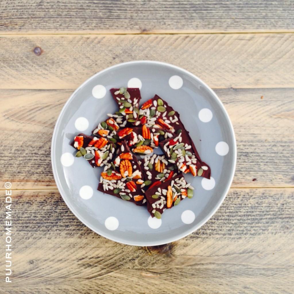 Raw Chocolade met pecannoten & pitten - Puur Homemade